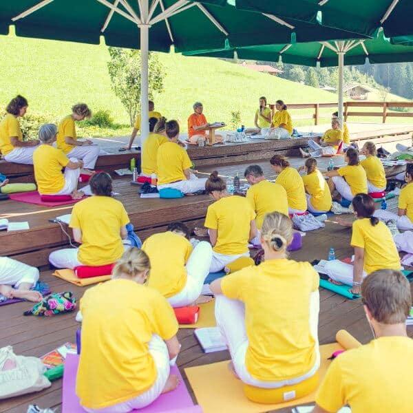 Einführung in die Yogalehrerausbildung
